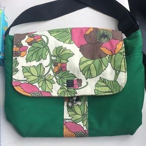 1154 Lill Studio Messenger Bag